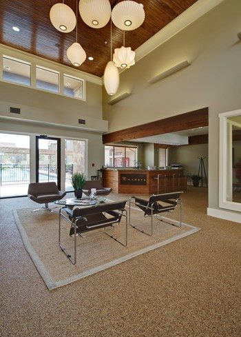 8102 W Hausman Rd 2-4 Beds Apartment for Rent Photo Gallery 1