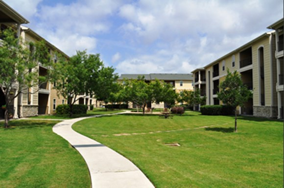 Stoneleigh Apartments Corpus Christi Tx