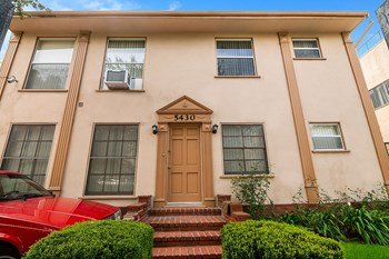 5430 Carlton Way Studio-2 Beds Apartment for Rent Photo Gallery 1