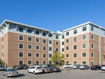 Apartments for Rent near Universal Technical Institute of Massachusetts Inc