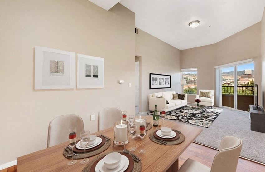 Model dining & living room