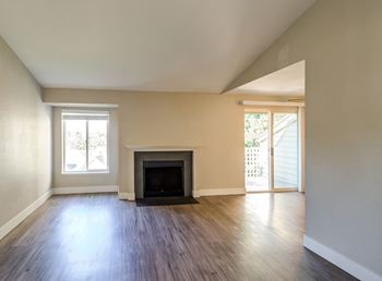 2519 S Meridian Street 1-3 Beds Apartment for Rent Photo Gallery 1