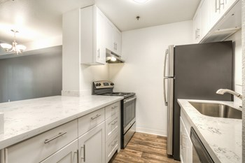1800 S 330th Street Studio-2 Beds Apartment for Rent Photo Gallery 1