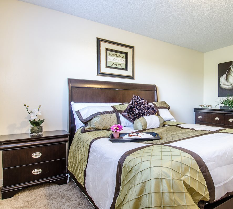 Coventry Green Apartments: Apartments In Kenmore, WA