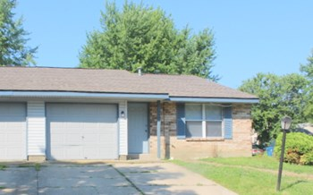 6484 Rolling Glen Drive 2 Beds Duplex/Triplex for Rent Photo Gallery 1