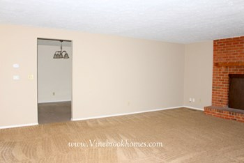 8440 Pinegate Way 4 Beds House for Rent Photo Gallery 1