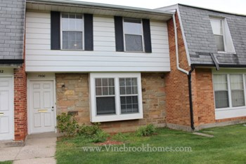 7530 Mount Whitney 3 Beds Townhouse for Rent Photo Gallery 1