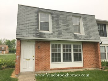 7554 Mount Whitney 3 Beds Townhouse for Rent Photo Gallery 1