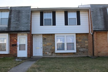 7572 Mount Whitney 3 Beds Townhouse for Rent Photo Gallery 1