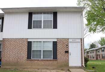 8083 Mount Aetna 3 Beds Townhouse for Rent Photo Gallery 1