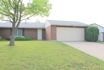 8680 Belle Chase Drive 2 Beds Condo for Rent Photo Gallery 1