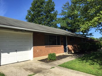 1597 Rosehill Road 3 Beds House for Rent Photo Gallery 1