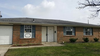 5756 Cairo Road 3 Beds House for Rent Photo Gallery 1