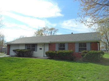 10360 East Fairhaven Court 3 Beds House for Rent Photo Gallery 1