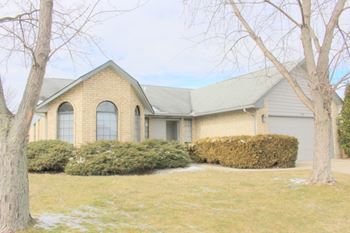 6824 Deer Ridge Drive 3 Beds House for Rent Photo Gallery 1
