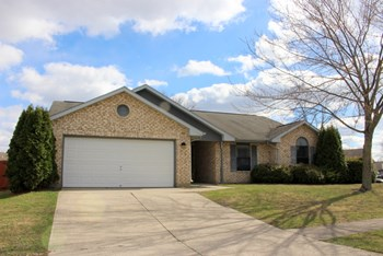 6760 Deer Meadows Drive 3 Beds House for Rent Photo Gallery 1