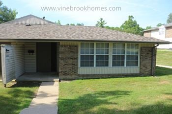 5682 Troy Villa Blvd. 2 Beds House for Rent Photo Gallery 1