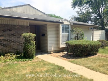 5708 Troy Villa Blvd. 3 Beds House for Rent Photo Gallery 1
