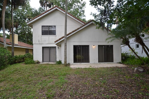 636 Anhinga Road Photo Gallery 12