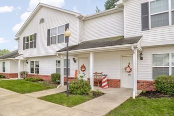 113 Beaumont Ct. 3 Beds Apartment for Rent Photo Gallery 1