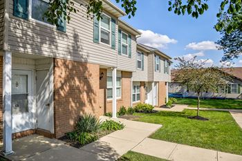 467 Woodsview Square 1-3 Beds Apartment for Rent Photo Gallery 1