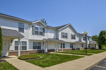 510A Kettering Dr. 2-4 Beds Apartment for Rent Photo Gallery 1