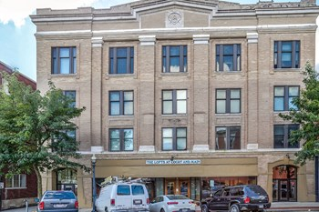 113 S. Main St. 1-2 Beds Apartment for Rent Photo Gallery 1