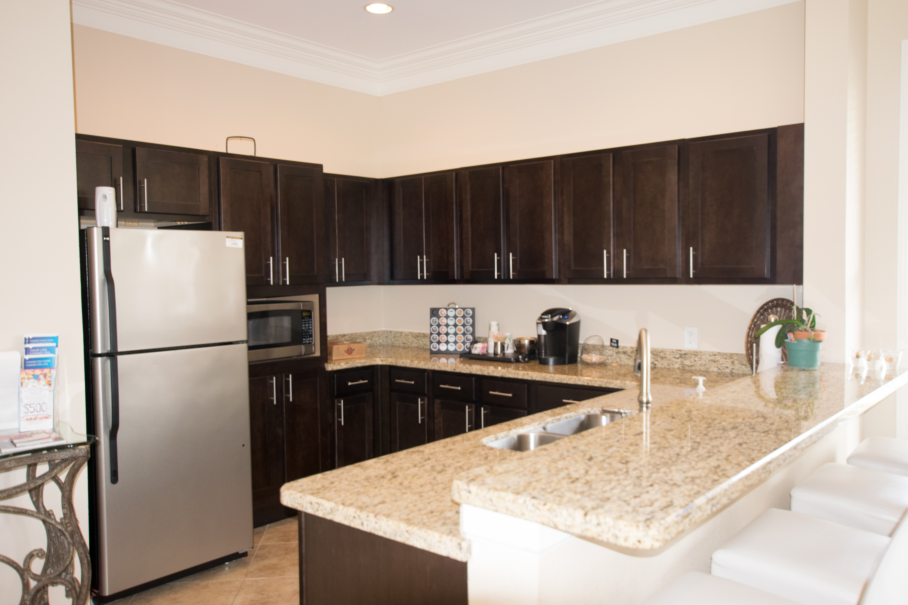 Clubhouse Kitchen at Highlands of Grand Pointe Apartments in Lafayette, LA