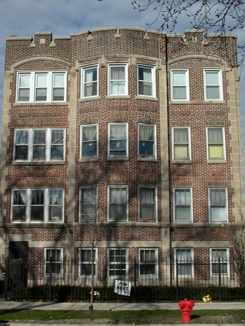 3126-28 N. Spaulding 1 Bed Apartment for Rent Photo Gallery 1