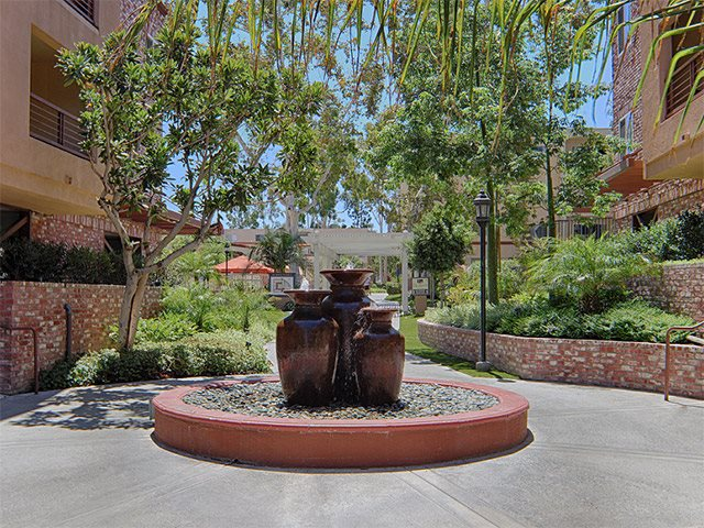 Photos Of Our Luxury Apartments In Woodland Hills