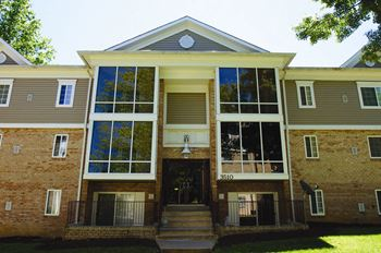 3511 Briarwood Dr 1-3 Beds Apartment for Rent Photo Gallery 1