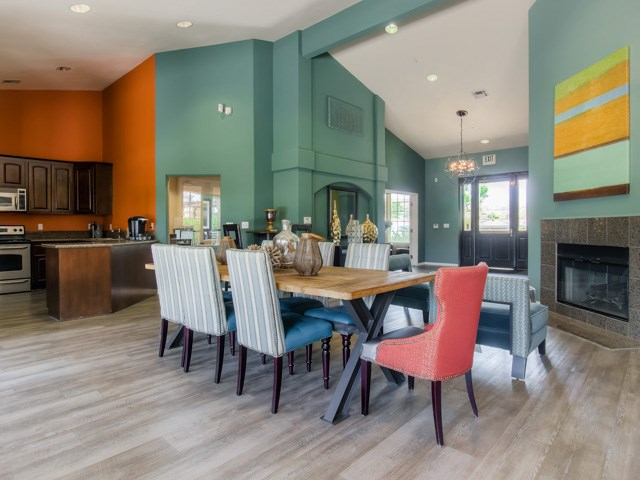 Coffee Bar and Hospitality Station at The Hills at Quail Run Apartments, 5059 Quail Run Road