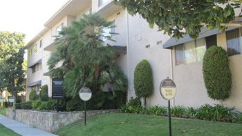 250 South Oak Knoll Avenue 1 Bed Apartment for Rent Photo Gallery 1