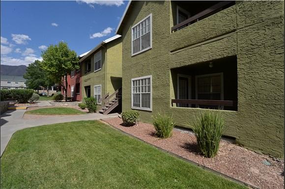 Ryan S Crossing Apartments 535 South Mesa Hills Drive El