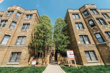 2332 W Addison 1-3 Beds Apartment for Rent Photo Gallery 1