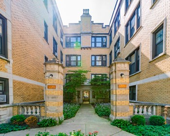 1221 W Chase Ave 1-3 Beds Apartment for Rent Photo Gallery 1