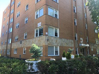 1100 Church St Studio Apartment for Rent Photo Gallery 1