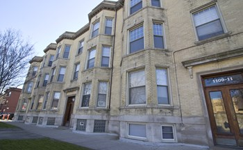 1101-11 W. Grace St. 1-2 Beds Apartment for Rent Photo Gallery 1
