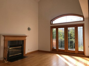 4101 Kenmore 3-4 Beds Apartment for Rent Photo Gallery 1