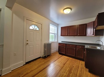 6434 Sacramento 1-2 Beds Apartment for Rent Photo Gallery 1