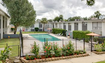 810 S. College Rd. 3 Beds Apartment for Rent Photo Gallery 1