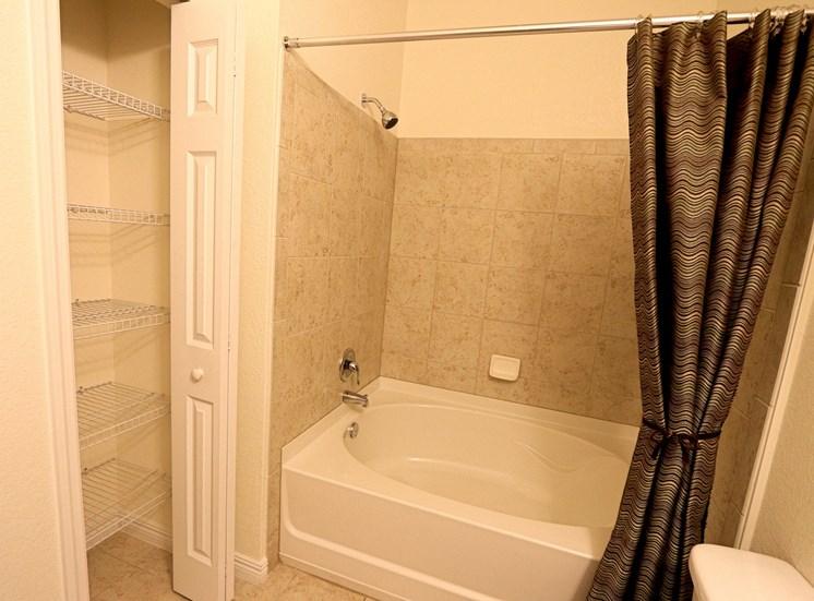 Glen Bathroom and Shower