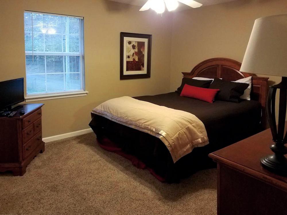 Mountain View Apartments Oxford AL Anniston, AL 36207  large bedroom