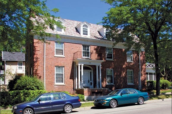 Bollenbeck House Apartments 104 W Gorham Madison Wi Rentcaf
