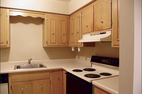 Whitcomb Corner Apartments 4930 4 Whitcomb Drive Madison Wi Rentcaf