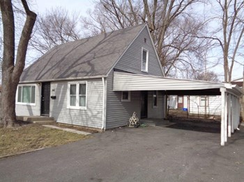 961 Hoyt Ave 3 Beds House for Rent Photo Gallery 1