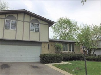 22421 Arquilla Dr 3 Beds House for Rent Photo Gallery 1