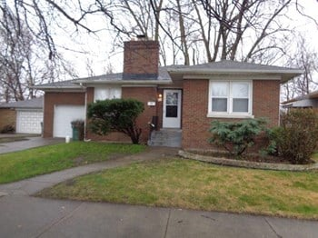 417 Warren St 2 Beds House for Rent Photo Gallery 1