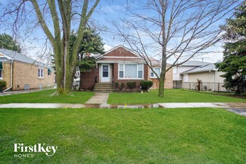 15035 Chicago Rd 4 Beds House for Rent Photo Gallery 1