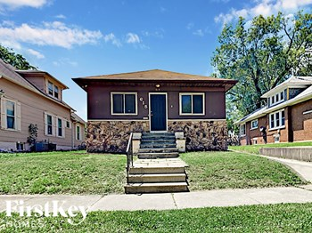 615 Clement St 3 Beds House for Rent Photo Gallery 1